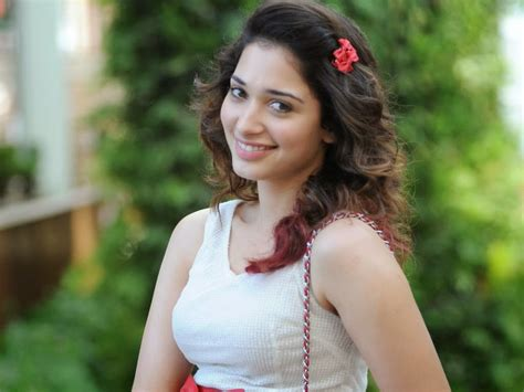 tamannaah bhatia tamannaah bhatia hot hd wallpapers 2014 hd wallpaper desktop