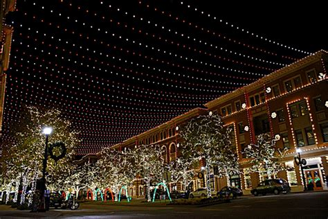 the magic returns in frisco for christmas in the square