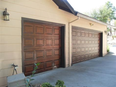Wood Looking Garage Doors How To Paint Metal Garage Doors To Look Like Wood Steel Garage Doors