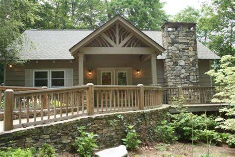 wonderful cottage for sale in highlands north carolina