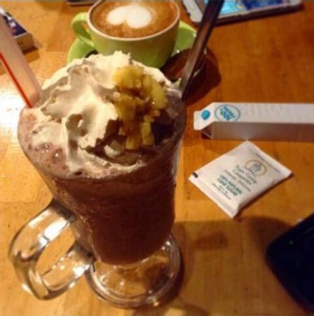 Menu Coffee Toffee Pekanbaru chocolate banana picture of krema koffie pekanbaru