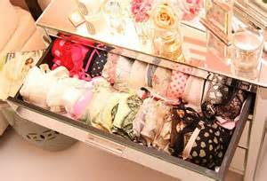 the best way to store your bra