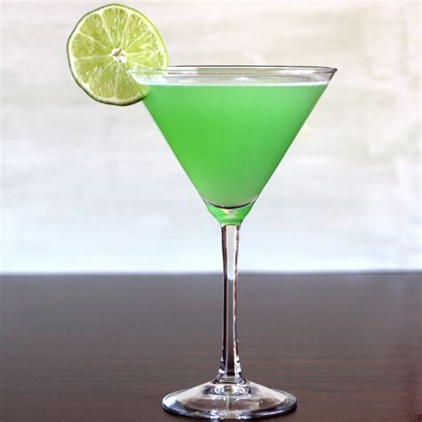 green cocktail 25 best ideas about green cocktails on easy