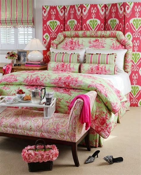 lilly pulitzer inspired bedroom www eyefordesignlfd blogspot com decorating grown up pink