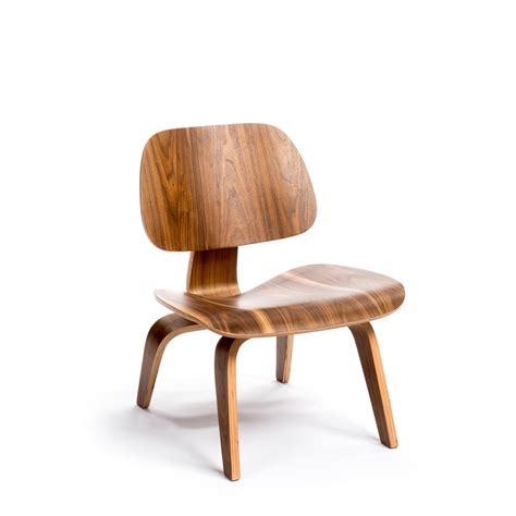 Potato Furniture by Pink And Brown Potato Chip Lounge Chair Walnut Art1004 Wal Modern Furniture Canada