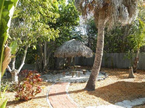 tiki hut garden tiki garden hut picture of the palmview sanibel island