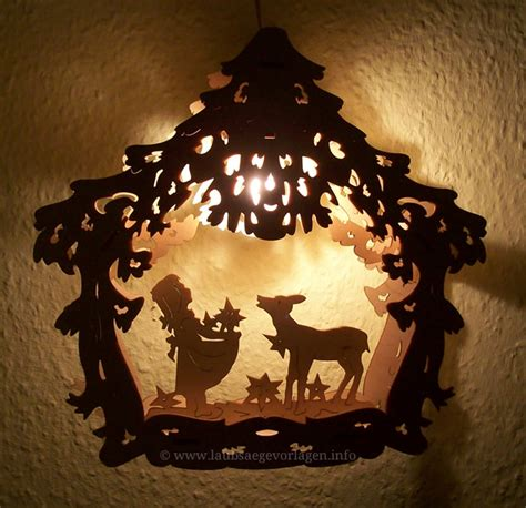 fensterdeko weihnachten beleuchtet fensterbilder fotos einfach beleuchtet