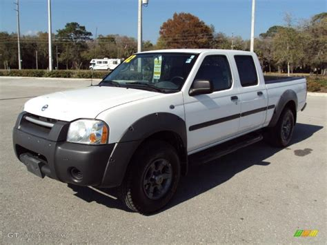 white nissan frontier 2002 cloud white nissan frontier xe crew cab 27325303