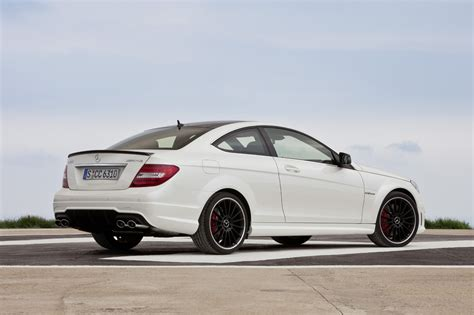 Paket Green Gas mercedes to keep c63 amg coupe around through early 2015 autoblog