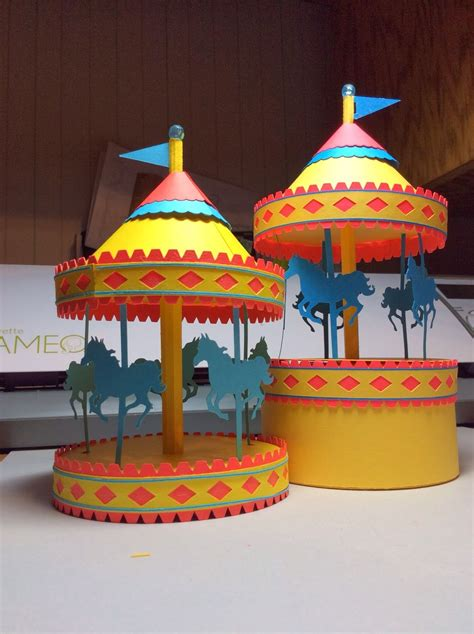 How To Make A Carousel Out Of Paper - papercrafts and other things a carousel box that