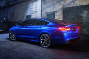 2015 Chrysler 200 S 2015 Chrysler 200 Reviews And Rating Motor Trend
