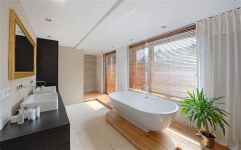 badezimmerfenster vorhänge ideen badezimmer moderne badezimmer gardinen moderne