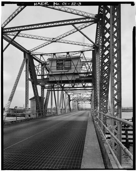 Bridgehunter.com   Niantic River Bridge (Old)