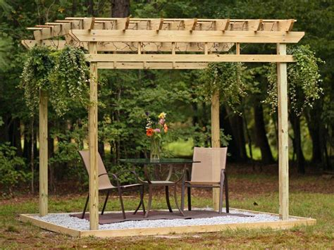 How To Build A Pergola Hgtv Constructing A Pergola