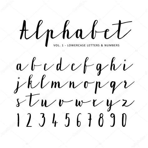 numeri scritti in lettere mano di alfabeto di vettore disegnato carattere lettere