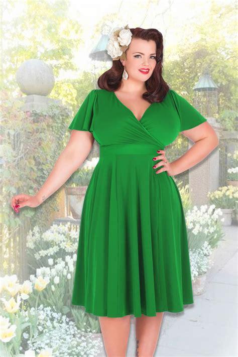 cocktail jurken green 50s lyra dress in grass green