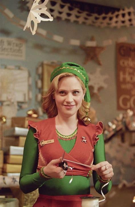 film terbaik zooey deschanel zooey deschanel as a blonde in elf christmas movies
