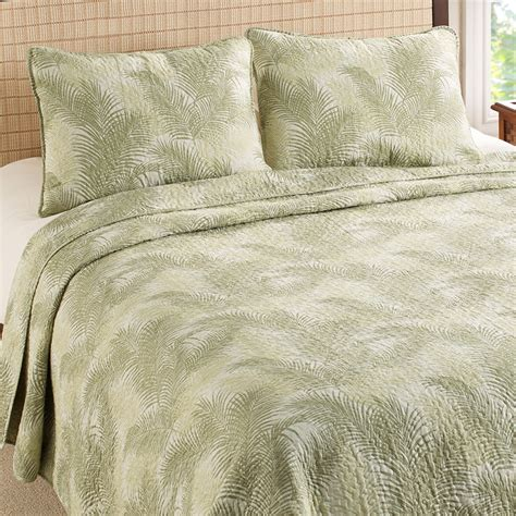 palm bedding tommy bahama tossed palm quilt set from beddingstyle com
