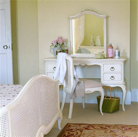willis and gambier ivory bedroom furniture bennetts willis and gambier ivory bedroom furniture