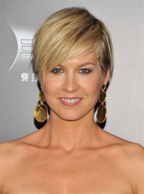 short layered haircuts with side swept bangs new jenna elfman layered short hairstyle with side swept bangs