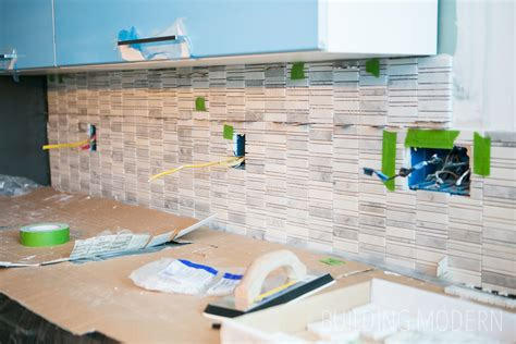 Installing Marble Tile How To Install A Carrara Marble Mosaic Tile Backsplash Part 2