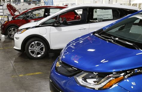 Electric Vehicles Alberta Chevy Bolt Isn T Stylish But Gm Is Pushing Its