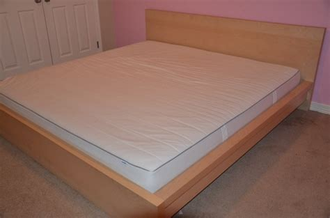 Ikea King Size Bed Offerup Ikea Malm Bed Set Includes Mattress King Size Furniture Pictures