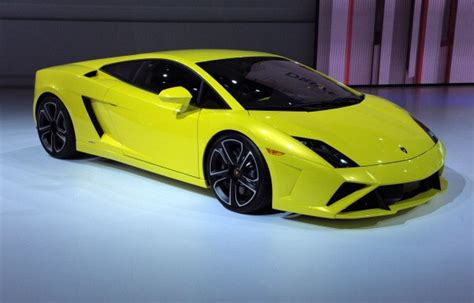 How Much Is Insurance On A Lamborghini How Much Does A Lamborghini Cost Net Worth