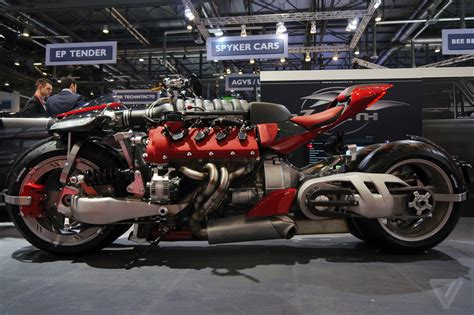lazareth lm 847 this is the insane motorcycle of batman s wildest dreams