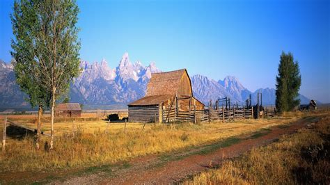 Cabin Mountains by Wood Mountain Cabin Wallpaper 541938