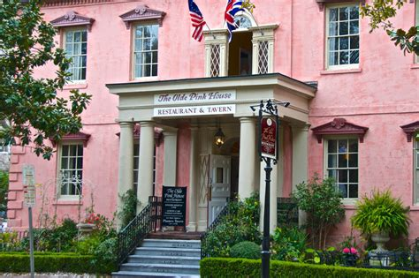savannah house olde pink house in savannah ga