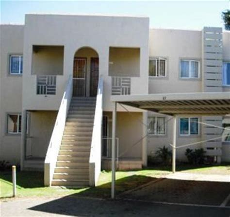 2 bedroom townhouse to rent in bloemfontein property and houses to rent in langenhovenpark