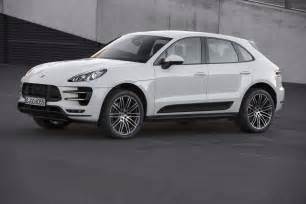 2015 Porsche Macan Turbo 2015 Porsche Macan Turbo Front Three Quarters 04 Photo 43
