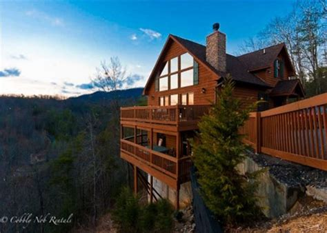 Available Cabins In Gatlinburg Tn Gatlinburg Tn United States A Mountain Cobbly