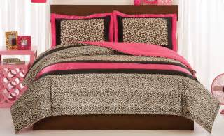 leopard or comforter with shams