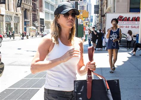 jennifer aniston shoots down more pregnancy rumors jennifer aniston steps out in nyc after shutting down