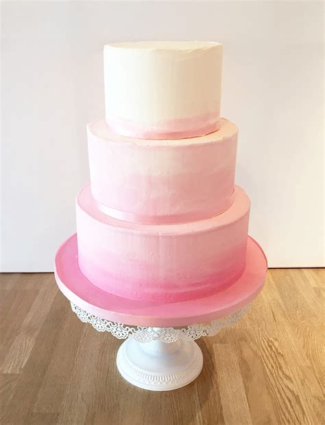 Hochzeitstorte Ombre by Home The Cakery Leamington Spa
