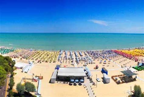 alba adriatica appartamenti vacanze hotel residence ed appartamenti per vacanze sul mare ad