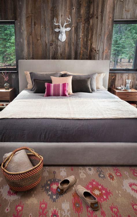 Rustic Bedroom Wall Decor Ideas by 65 Cozy Rustic Bedroom Design Ideas Digsdigs