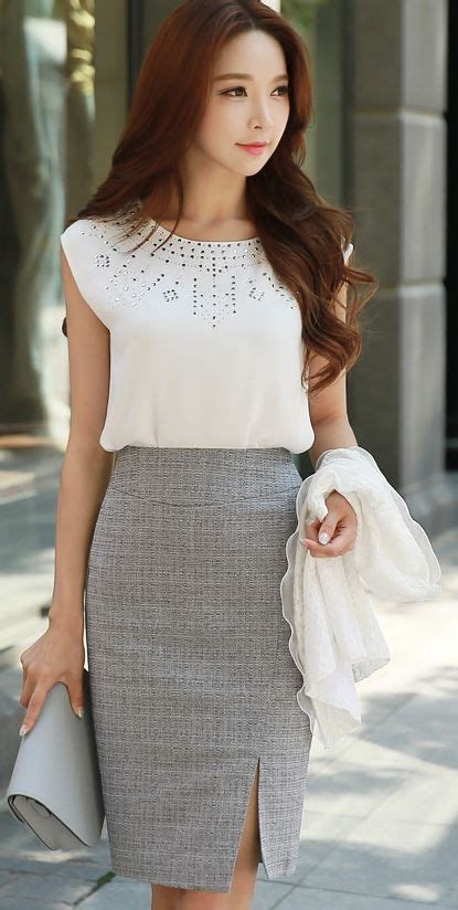 New Korean Style Blouse Chiffon Combination With Mote grey striped pencil skirt with side slit and blouse