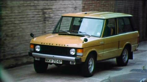 1975 land rover imcdb org 1975 land rover range rover series i in quot terror