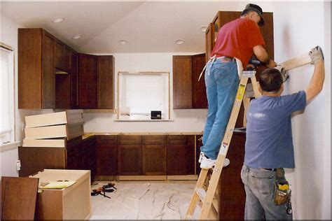 kitchen cabinet contractor the best way to hire a good remodeling constructor for