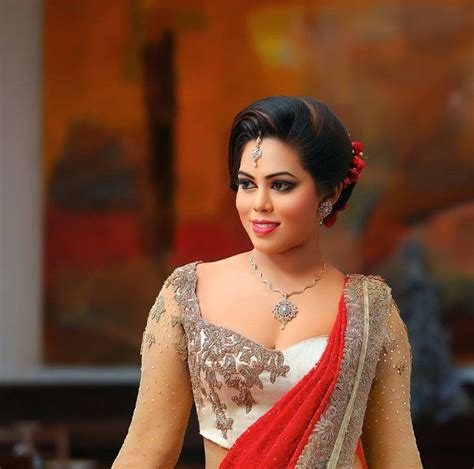 hairstyles for sarees in sri lanka 951 best saree b s images on pinterest saree blouse
