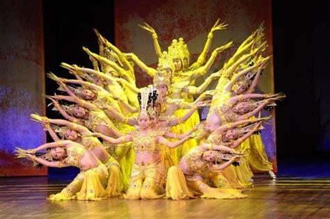 Kipas Jia tarian tradisional china tionghoa tradisi dan budaya