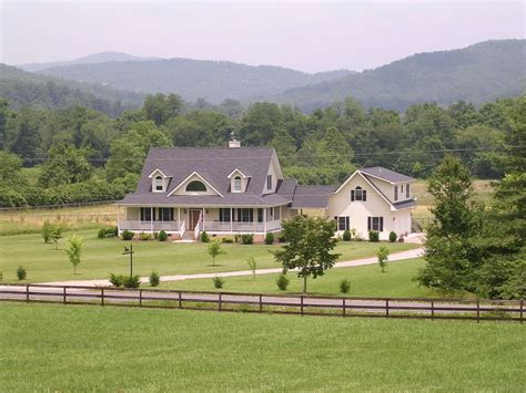 farmhouse homesteads pinterest farm house farms and clean quiet convenient comfortable vrbo