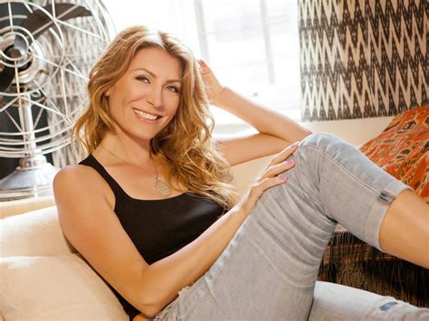 Genevieve Gorder | host and designer genevieve gorder hgtv