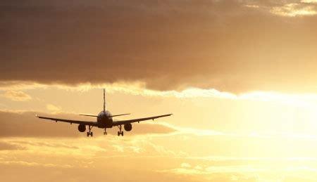 ewr    airfares  parking