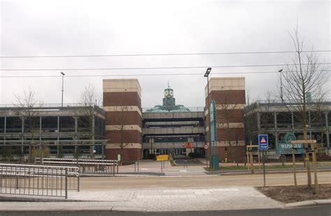 where center wijnegem