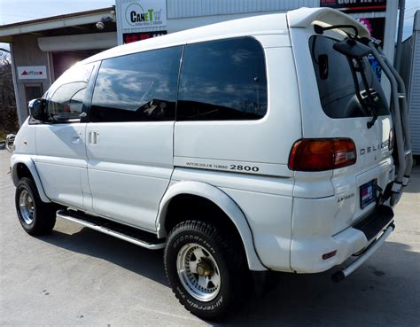 mitsubishi delica space gear review mitsubishi delica space gear exceed 2800 turbo picture 2