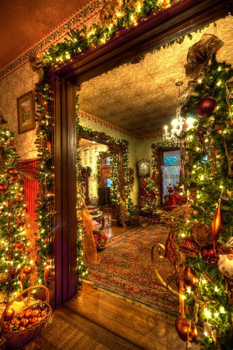 30 beautiful victorian christmas decorations ideas